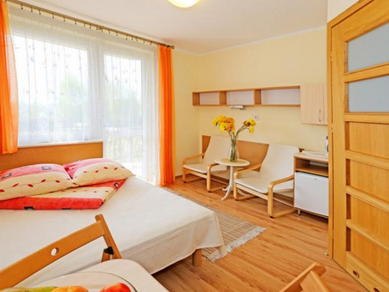 Pokój 2-os z łóżkiem małżeńskim