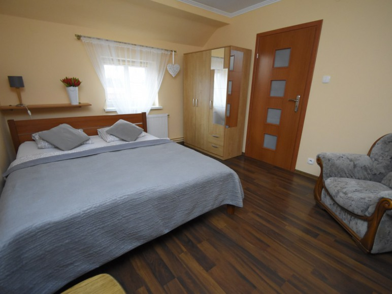 apartament 2 sypialnia 1