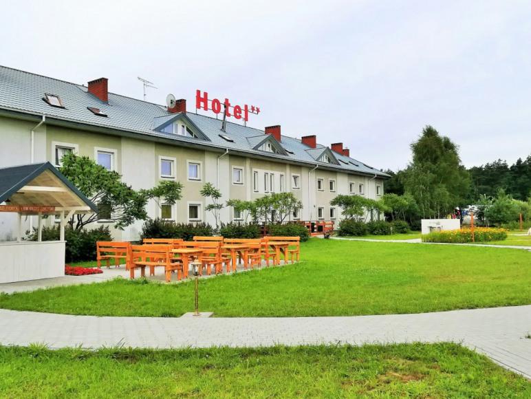 Hotel Tirest