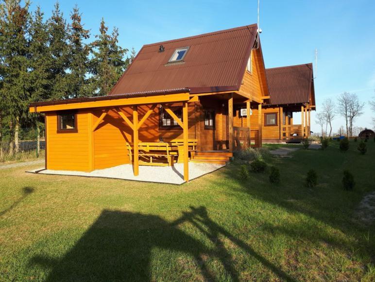 Domek 2 z rozbudowanym tarasem