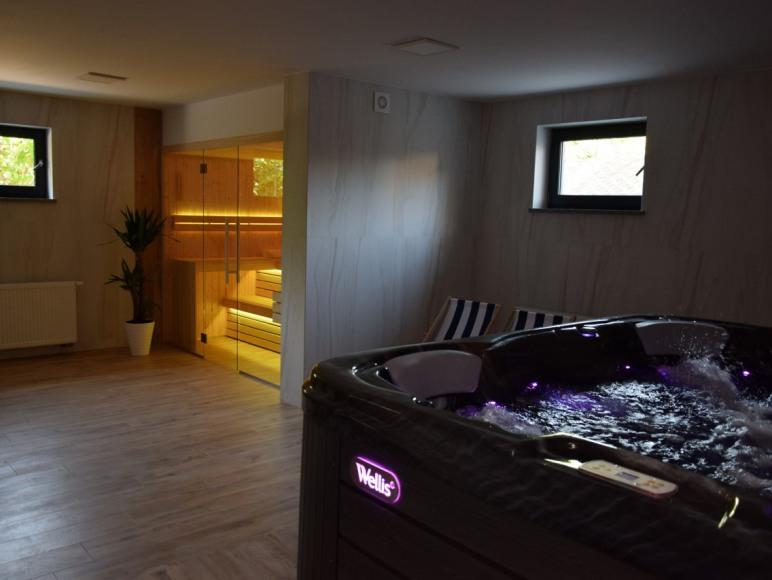 sauna i jacuzzi