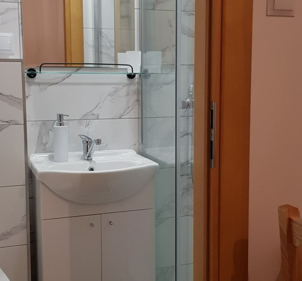 Łazienka pok.2-osobowy