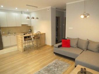 Apartament 5-6 osób, blisko centrum miasta NOWY