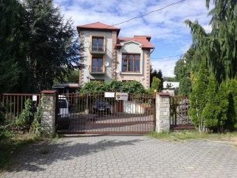 Dom noclegowy Azalia