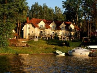 Hotel 50m od Jeziora! Zobacz Film