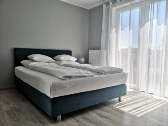 Bryant - Pokoje & Apartamenty