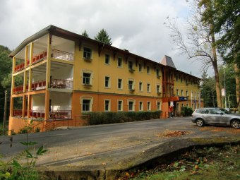 Hotel Mir-Jan***