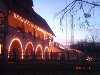 "Hotel Restaruacja ""Renesans"""