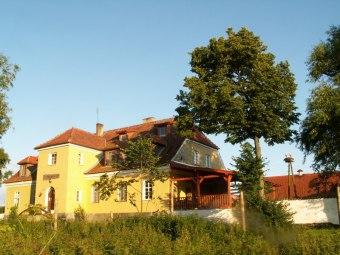 Folwark Łuknajno