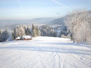 """Sezon narciarski - DOMEK W GÓRACH - Gazdówka """"Pod Pstrągiem"""""""