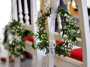 Hochzeiten, Kommunionen, Taufen - Dom Tu i Teraz